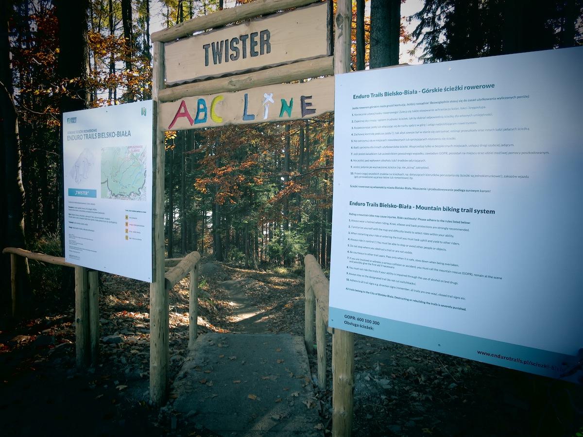 Najpopularniejsza trasa - Twister. Jeśli chcecie sobie strzelić selfie - to właśnie tu... Foto: mtb.pl