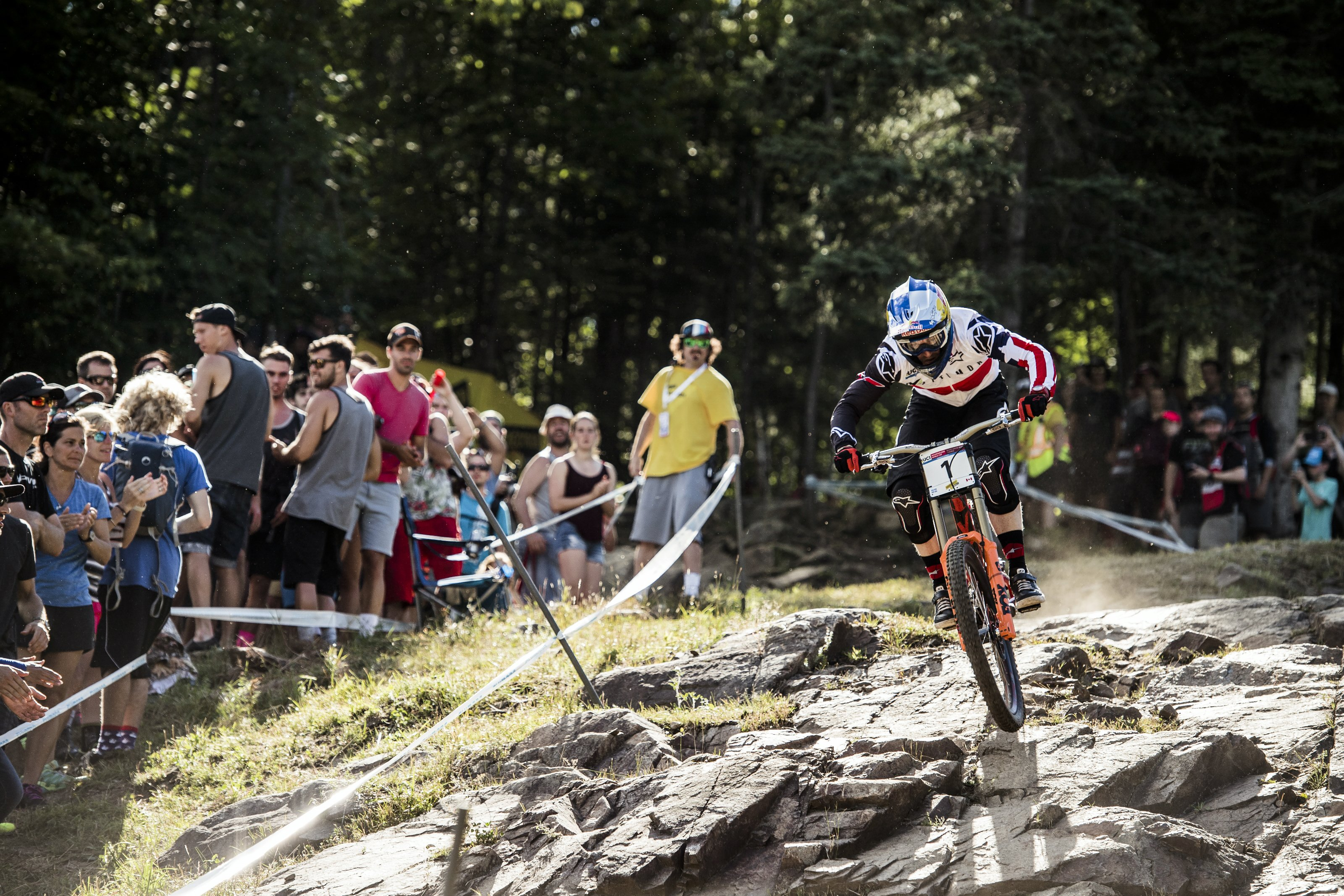 Mont-Sainte-Anne16_Aaron Gwin_Action_(c)Bartek Wolinski_Red Bull Content Pool