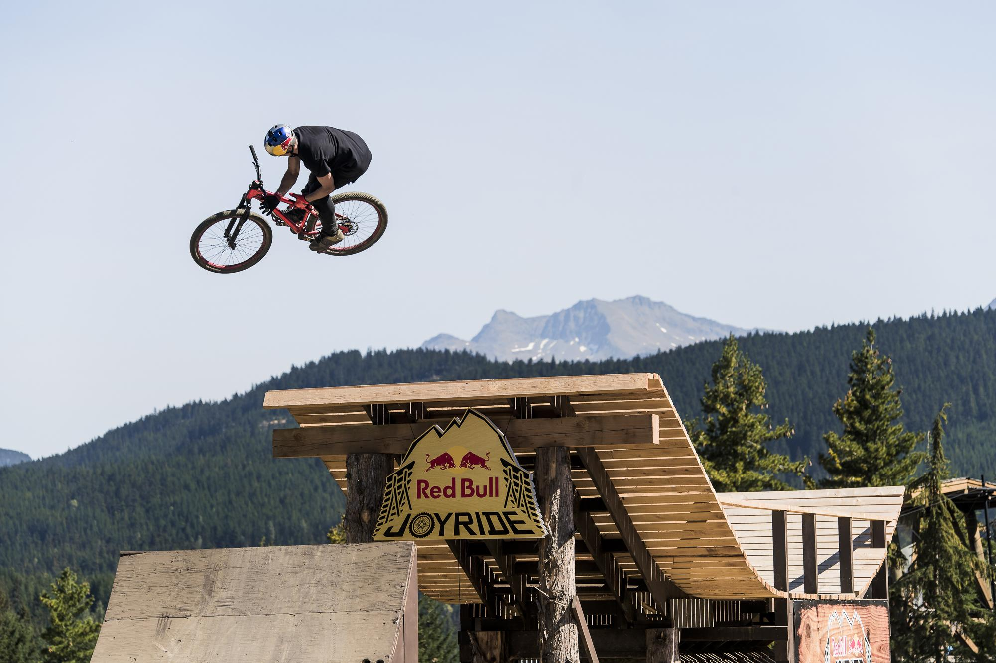 power-of-mind_whistler_fot-bartek-wolinski-red-bull-content-pool_004