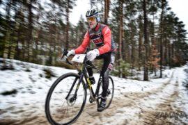 Zimowe wyścigi MTB na fali!